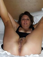 Sensuous mature woman get undressed for you
