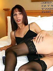 Dissolute mature hellcat playing with her tits